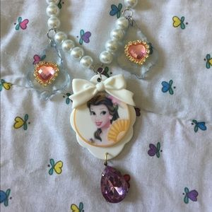 Beauty and the beast necklace pearls