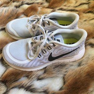 Nike Free 5.0 in Grey & Black size 9