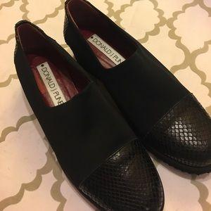 Donald J. Pliner Shoes - Donald Pliner slip on stretchy foam heal BRAND NEW