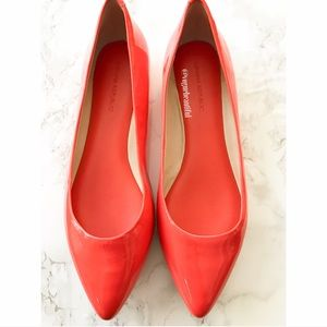 Banana Republic Shoes - Banana Republic Pointed Toe Patent Leather Flats