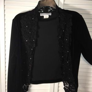 Jessica Howard Other - Jessica Howard Velvet Lace Shrug x Blouse x Top