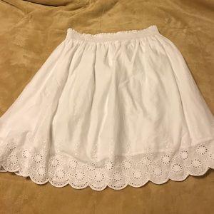 Old Navy Dresses & Skirts - Old Navy White Eyelet Hem Skirt, Size Medium