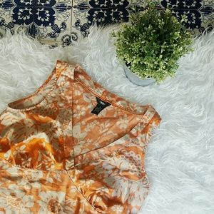 Mossimo Supply Co Tops - MOSSIMO flower pattern 100% silk top
