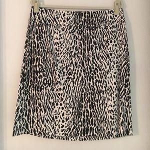 Talbots Petites Black & White Print Skirt Size 14P