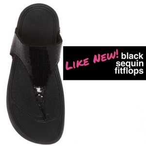 LIKE NEW Sequin FitFlop Sandals