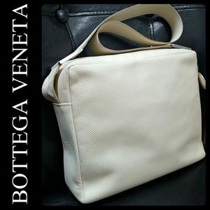 Bottega Veneta Handbags - Bottega Veneta Italy Leather Bag