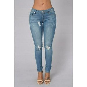 Fashion Nova Denim - Fashion Nova omg Becky jeans light size 1/24