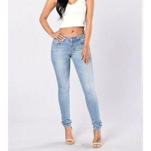 Fashion Nova Denim - Fashion Nova win you over jean size 1/24