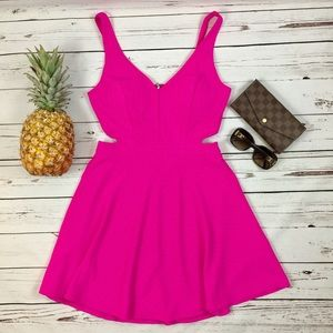 Mustard Seed Dresses & Skirts - • Mustard Seed Pretty in Pink Cut-Out Dress