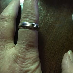 Jewelry - Sterling Silver Spinner Band Size 8