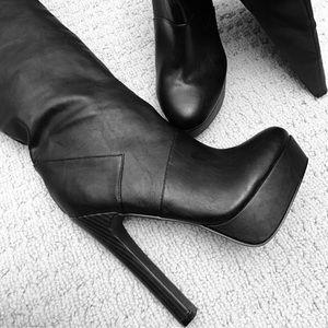 Colin Stuart Shoes - COLIN STUART 'Maneater' Platform Black Boot