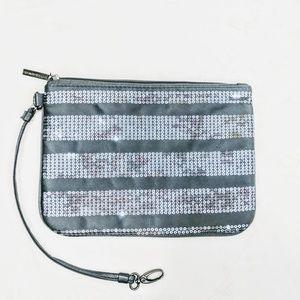 💎NWOT💎 Silver Satin & Sequined Bag