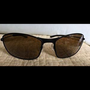 Revo Accessories - New/Never Worn Revo Sunglasses Black