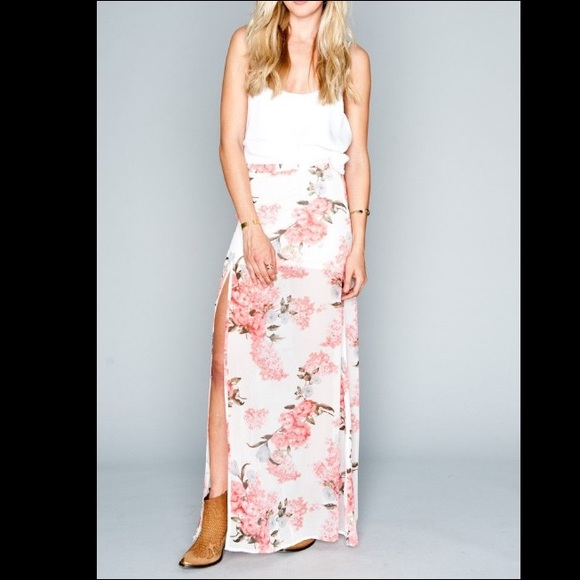 cd5c7584a3f16 SMYM EUC Blossom Blush Maxi Skirt - size medium.  M_58d7bac14127d0dd380aa38f. Other Skirts you may like. Show Me Your MuMu ...