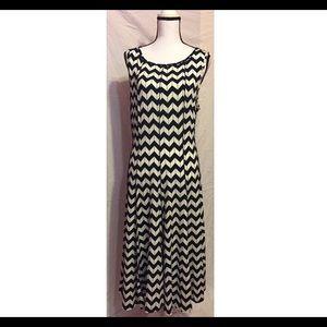 Dresses & Skirts - Navy White Dress Sz 2x