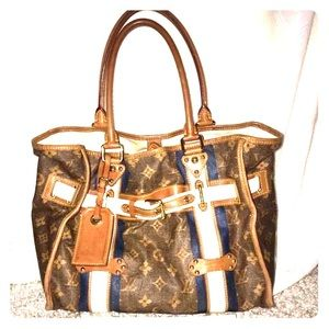 Sold on fb.Louis Vuitton Ltd Edition Tisse Rayure