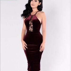 Fashion Nova Dresses & Skirts - Fashion nova burgundy dress medium