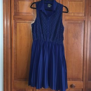 Taylor Dresses & Skirts - Blue Dress with lace top and flare bottom