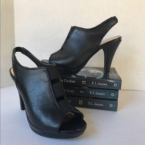 Madden Girl Shoes - Madden girl open toe black sandals SZ 6M G-konnie