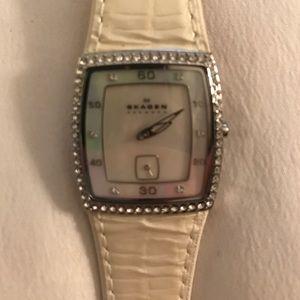 Skagen Accessories - SKAGEN pearl white watch