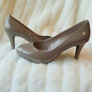 Franco Sarto pumps 3.25' heel. 6 🌹