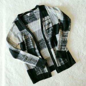 Sweaters - 3/$10 💕 Sweater Cardigan