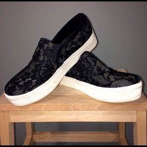 Mossimo Supply Co Shoes - Mossimo Platform Sneaker size 9.5