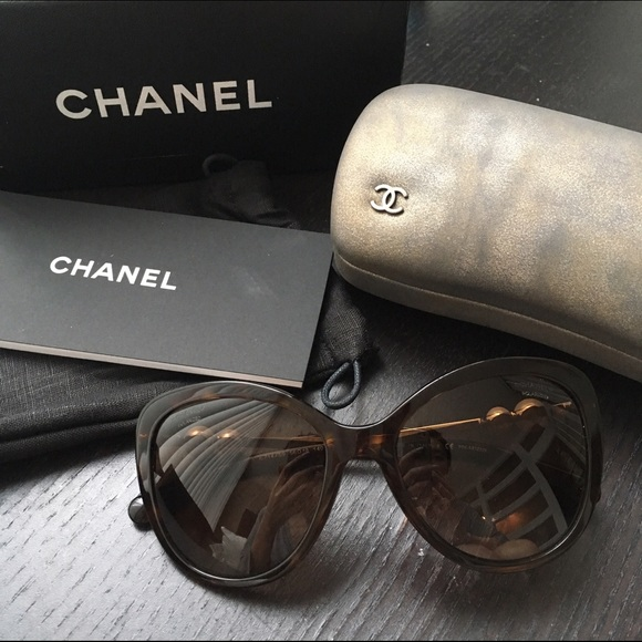 251f6f5d647 Chanel Pearl Butterfly Winter Sunglasses