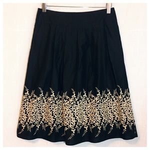 Banana Republic Embroidered Floral Pleated Skirt 2