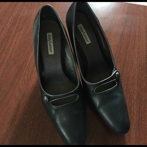Daisy Fuentes Shoes - Daisy Fuentes Black Heels Size 11 $17