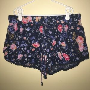 Urban Outiftters- Ecote Floral shorts