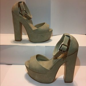 Steve Madden Whitman Platform Sandals