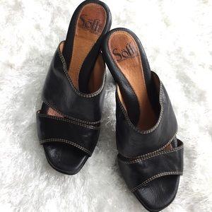 """Sofft Shoes - Sofft black leather upper slides sz 6, 3"""" heel"""