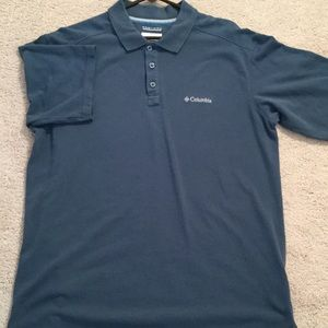Columbia Other - Men's blue collared shirt