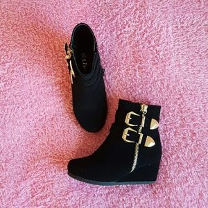 Link Other - Black wedge boots girls size 11