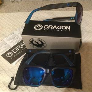 Other - New Dragon brand Sunglass set