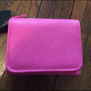 Wilsons Leather Handbags - Brand new trifold wallet