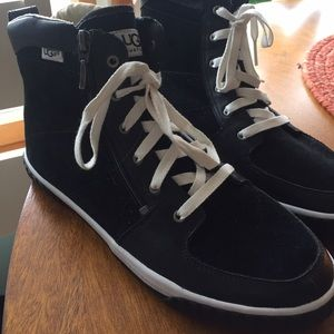 UGG Suede Sneakers with side zipper.
