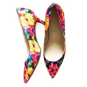Marc Fisher Shoes - 🎉HP🎉 Marc Fisher Floral Heels Pointy Toe Pumps