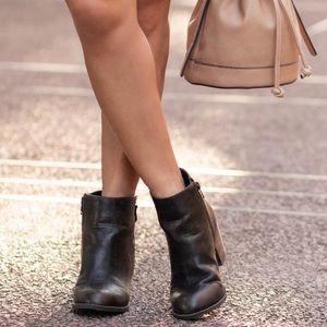 Diba Shoes - Brown Zip Up Ankle Booties