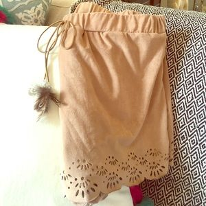 Soulmates Pants - Suede shorts with lining! Juniors sized brand