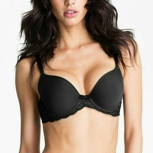 Wacoal Other - Wacoal La Femme molded underwire bra