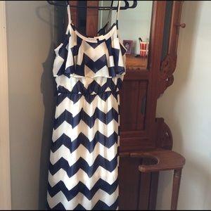 gabriella rocha Dresses & Skirts - Never worn maxi dress medium