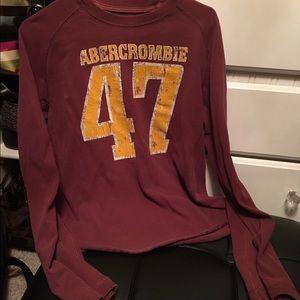 Small burgundy sweatshirt Abercrombie & Fitch