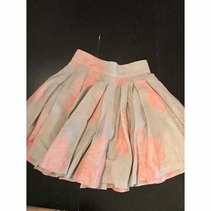 Alice and Olivia pleated floral skirt size 0