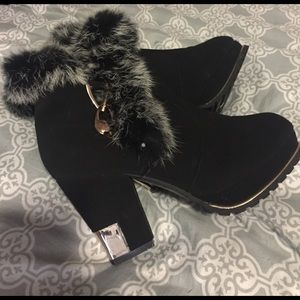 Fluffy fur and gold heels/boots furry sexy black