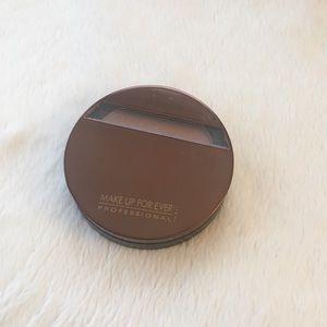 Makeup Forever Other - MAKE UP FOR EVER MAT BRONZE POWDER #30