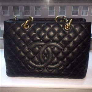 Authentic Chanel Caviar GST GHW