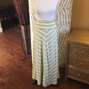 Hive & Honey Dresses & Skirts - Hive & Honey Chevron Long Skirt