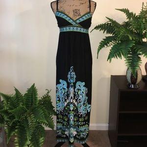 Snap Dresses & Skirts - • Nice Little Sundress •
